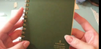 この手帳は何処に売っているか分かりますか? 後,商品名が知りたいです…。  分かりずらくて申し訳ないです。