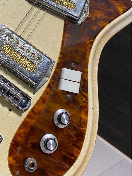 エレキギターについて このタイプのピックアップセレクター?の名前はなんと言うのですか? それとこのタイプのものの配線図が知りたいです、どこかにのっているでしょうか、、?? どこになにを繋げればい...