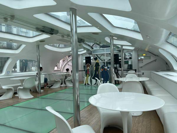 東京汽船のヒミコ、ホタルナ、エメラルダスの内装、 松本メーターがないのはなぜでしょうか? 999号の機関車内のようなデザインだと素敵なのですが。