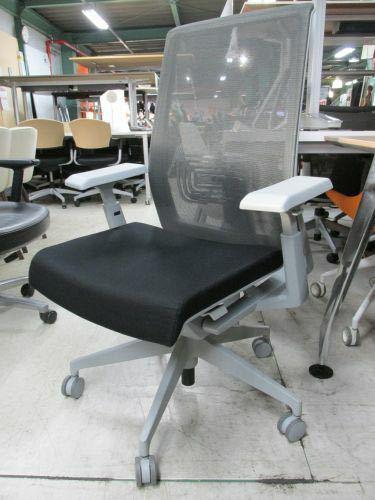 ヘイワース(haworth)のベリー(very task chai)という椅子についてお伺いしたいです。 どうやら前傾チルド機能があるようなのですが、どうやっても前傾にすることが出来ません。 ...