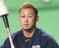 中田翔が転んでアザをつくったというのは絶対ウソですよね。 あれは絶対に喧嘩で殴られた跡ですよね?