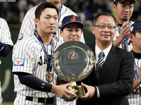 鈴木誠也ってプレミア12でのMVPが、プロ人生で唯一のMVP受賞経験ですよね?