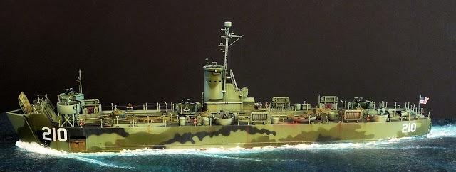 なぜこの揚陸艦(LSM-210)には煙突がないんですか?
