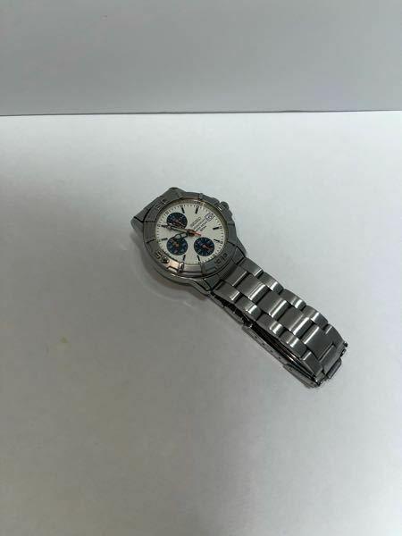 このSEIKOの時計はなんて言う商品名ですか? また、メルカリや店で売る際はいくらが妥当ですか?