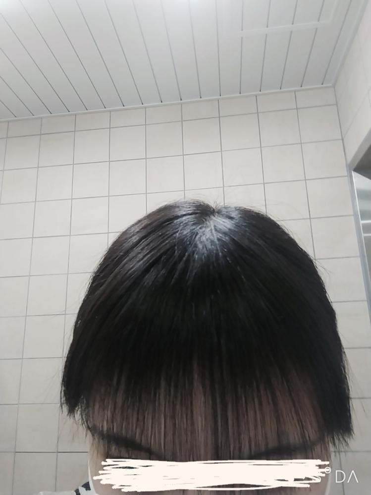 前髪をすきすぎてしまいました。 嫌すぎて泣きそうです。 ①スカスカじゃなくなるには どのくらいかかりますか? ➁スカスカの間はどうやって対処 すれば良いでしょうか?