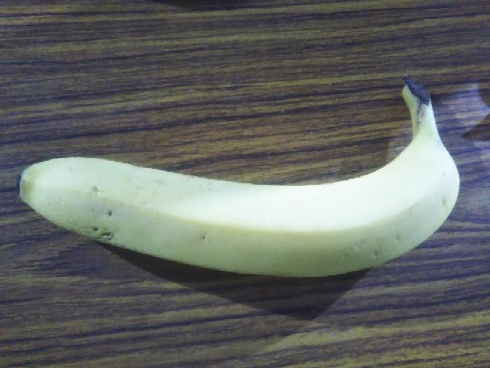みなさんバナナは好きですか?僕はエクアドル産のあまり甘くないのが好きです❤。