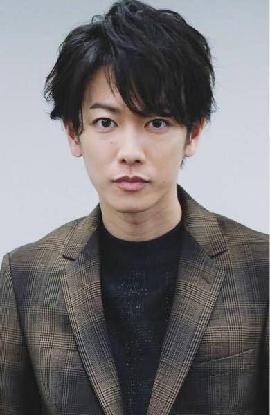 佐藤健の顔の形ってどんな感じですか?