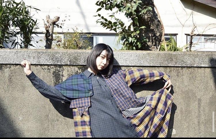 こちらの上白石萌歌さんが着ているお洋服のブランドを教えてください!