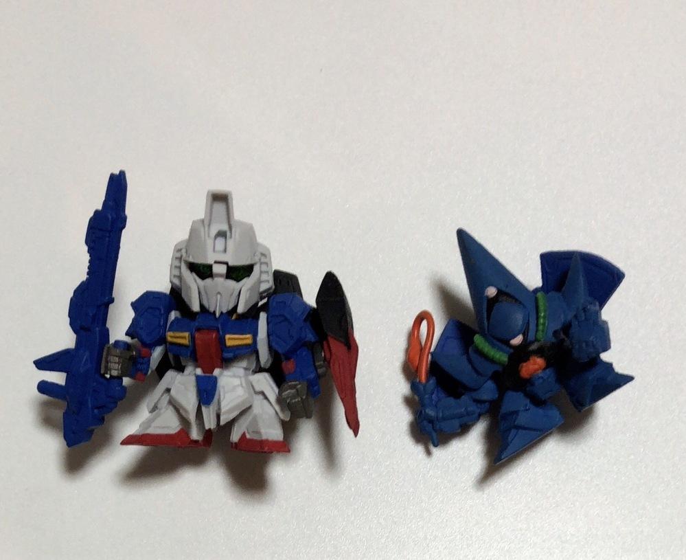 お写真の玩具はガンダムシリーズの玩具だと思うのですが名前が分かりません。 ご存知の方おりましたら教えて下さい。何卒宜しくお願い致します。