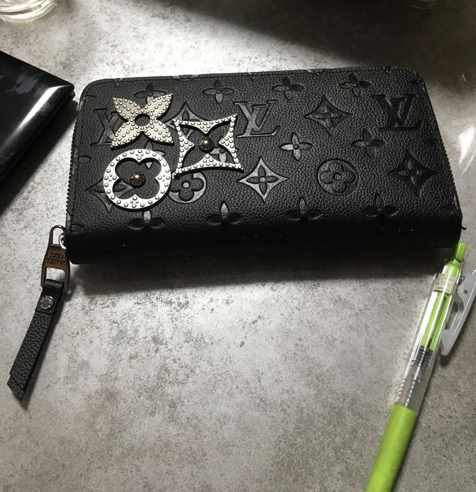 ルイヴィトン の財布をおさがりでもらいました。詳しい方、型番、教えてほしいです!