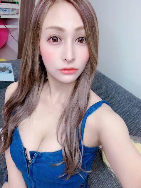 立川みくの 氏※写真の女性 元グラビア は美人でしょうか?