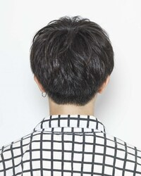 いつも1000円カットの美容室で髪を切っているのですが、後ろの髪くらいならこのような写真を見せて頼むことはできるでしょうか?