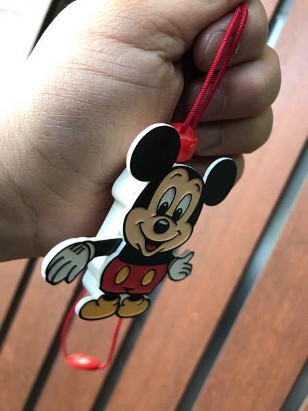 昔、流行った紐を引くと腕をバタバタさせながら上がってくる玩具の名称が分かる人はいますか?