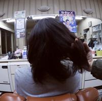 男でこの髪の長さは長過ぎですか?