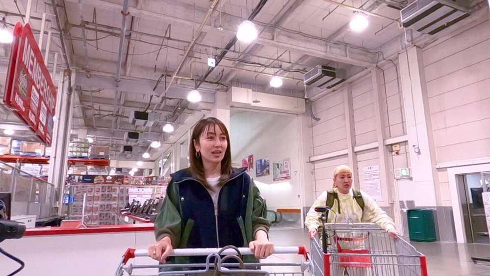 先日TV4月23日(金)放送の『沸騰ワード10』で矢田亜希子さんが着ている ジャケットがどこのブランドか知りたいです。 ネット等で探しましたが、分かりませんでした。 分かる方おりますでしょうか?