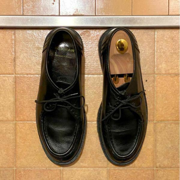 画像の靴に対してシューツリーは合っておりますでしょうか? 足回りの張り具合と甲部分はフィットしていると思います。