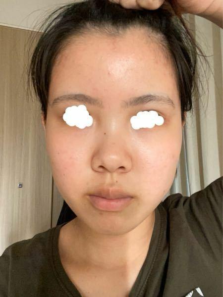 顔の形はなんだと思いますか?面長ですか? あと、人中は長めですか?測ってみたら1.5cmで、日本人の平均くらいなはずなのに写真で見ると長いような感じがします。 皆さんから見て人中は長いですか? 回答お願いします。