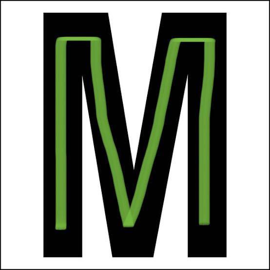 レジンについて教えて欲しいです。 質問3つあります。 ①大きいイニシャルのレジン作ると絶対に全体的に中央が凹むのですがどうしたらいいんでしょうか?画像の緑の線あたりのところが凹みます。 ②完...