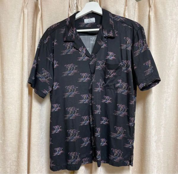 デートで着るつもりのシャツです。ダサいですか?
