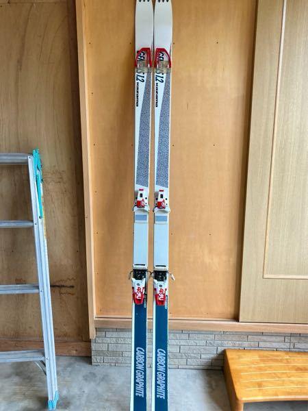 昔 新潟県上越市に有ったスキーメーカーのカザマスキー そこから発売していたスキー板の ジェネシス1.2 これっていつ頃発売されたスキーなのでしょうか? カザマスキー自体は1997年に倒産したみたいですが
