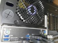 CLIP STUDIO PAINT クリスタ  液タブ(13HD)をノートパソコンからデスクトップに切り替えましたが、液タブの画面が表示されません。 HDMIとUSBをPC本体に刺しています。 ここから変換ケーブル等が必要かと思うのですがどれを買えば接続できるのか調べても理解ができませんでした‥。 接続方法についてご教授頂けますと幸いです。