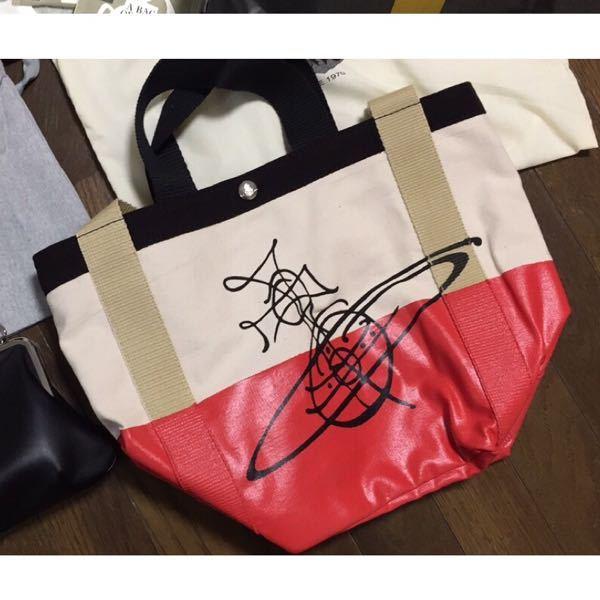 このバッグは秋冬に持っていたらおかしいですか?