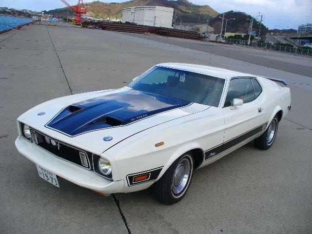 2代目フォード・マスタング(1969年-1973年)は好きですか。マッハ1など。 かなり前のクルマのスポーツモデル(ややクラシック)<映画バニシングin60″の主演>私は好きです。