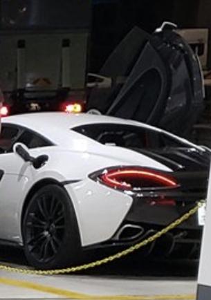 この車の名前は何ですか???