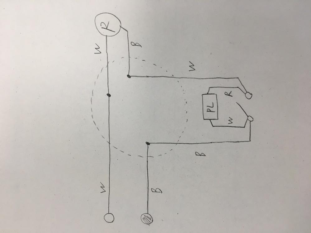 電気工事士第2種の複線図に関しまして、画像のパイロットランプの異時点滅回路では、 スイッチを閉じても開けてもパイロットランプを通る閉回路ができているため、パイロットは常に点いたままだと思うのですが、何故スイッチを閉じた時はパイロットランプが消えるのでしょうか? スイッチを閉じて、パイロットランプとスイッチが並列回路となり、分流の法則によりパイロットランプに流れる電流が少し減るとはいえ、パイロットランプには電流が流れていますよね?