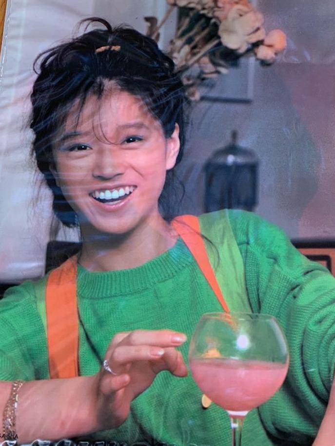 中森明菜さんの「にぎわいの季節へ」は好きですか?名曲だと思いますか? https://youtu.be/2jHlGsHOfag