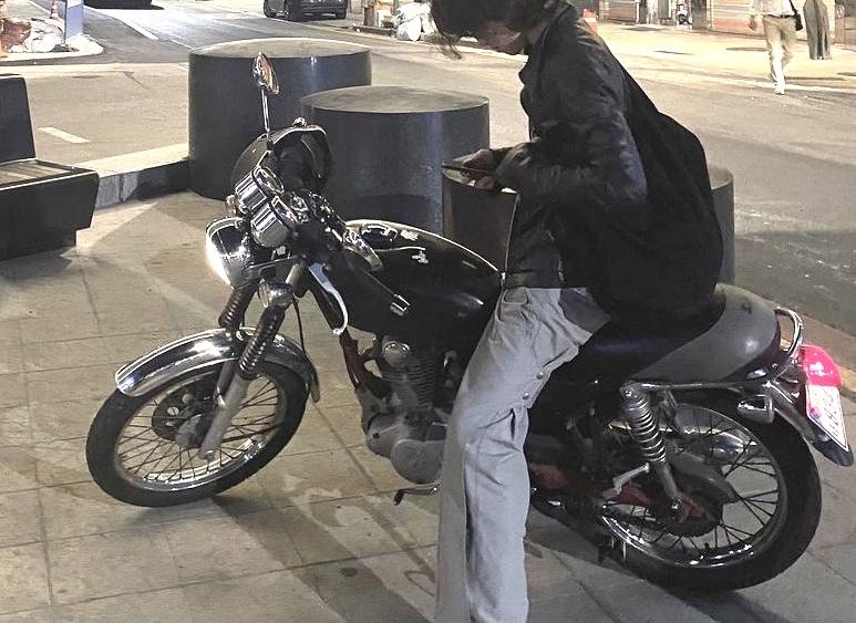 このバイクの名前教えてください。