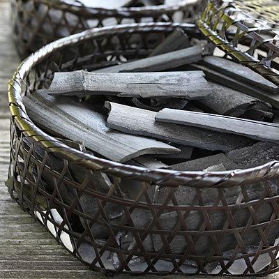 シニアの人は「竹炭」をどのように使っていますか??