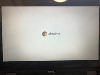 chrome bookを使っているのですが、電源を押してもこの画面から全く動きません。どうすればいいでしょうか?
