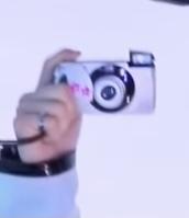 韓国のbe originalで使用されているフィルムカメラはどこのメーカーなのか知ってる方いらっしゃいますか?? nct、seventeen、JO1、ateez、astro、Stray Kids、ENHYPEN、aespa、OH MY GIRL、ITZY、IZ*ONE....etc..