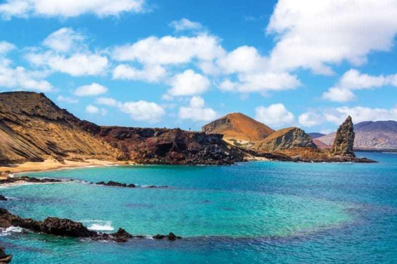 ガラパゴス諸島でガラケーは使えますか?