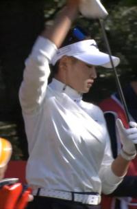 女子プロゴルファーの原英莉花はかなりグラマラスですか?