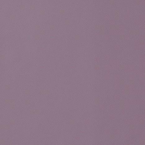 この写真のような色のネイルが一番似合うのですが、手はブルベなのでしょうか? こんな感じのくすみ紫?くすんでる紫ってゆうか、暗いピンク紫のような色が似合う場合、他にはなんの色が似合いますか?? 顔はどんなアイシャドウの色でも違和感なくて、なんかよく分かりません。地黒でなにべなのか分からないので似合う色が知りたいです