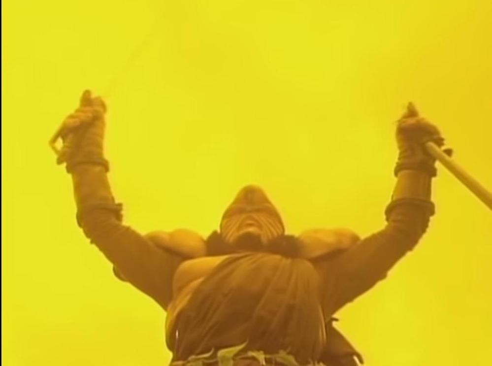 アニメや特撮作品の中で「悪の組織・一族に滅ぼされた者たちの生き残り」と聞き、思い浮かべるのはだれですか? 下記は『自分たちに従わないからと同胞たちをせん滅したスペースマフィアに対し、怒りの雄たけびを上げるワジワジ族の戦士』です。