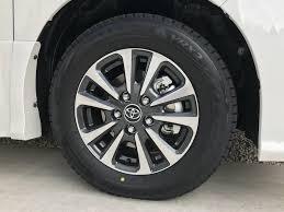 フリード(GB7)の標準タイヤ(185/65R15 88S)にヴォクシー純正アルミホイール(15インチ 6J+50 PCD114.3 5穴)に合うでしょうか?ちなみにホンダの純正アルミホイールのサイズは15インチ 5.5J +49 PCD114.3 5穴です。 あとヴォクシーの純正アルミホイールのセンターキャップのサイズがわかれば教えて欲しいです。よろしくお願い致します。