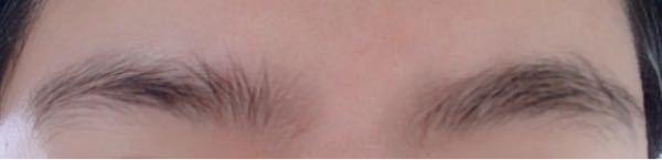この眉毛の整え方を教えて欲しいです。 垢抜け頑張ってます┏●ペコ