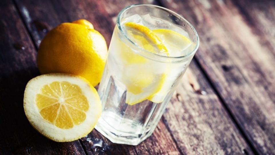 レモンの味や香りを楽しめるものを教えて下さい