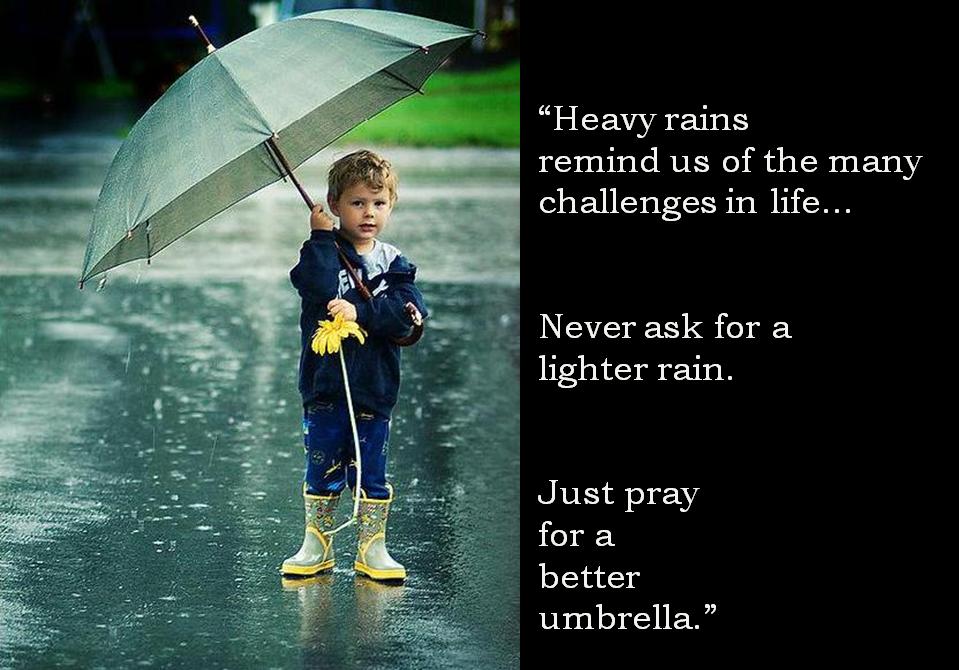 """作品中の""""傘""""の描写が印象的/秀逸な名曲をご紹介ください!【邦楽限定】 . 本日6月14日、とうとう関東地方も梅雨入りとの発表がありました。しばらく傘の手放せない日々が続きます。さてそこで 傘にまつわる、傘関係wの描写が巧い作品がありましたら【邦楽限定にて1曲】 ご紹介ください! そしてなんと今回はサービス企画付きです(笑)、傘のお題がクリアできた方にかぎり、2題目「雨にまつわる、雨関係wの描写」入り作品を1曲追加する権利が発生します!こちらはオプションですが、お答えになりますとトータルポイントの""""かさ上げ""""wも可能となります! 勝手ながら質問者都合により即時返信はいたしかね、今回こそ本当にランダムな返信となります点、予めどうぞご理解ご諒承ください。※ある程度纏めてキャッチアップさせていただくことになろうかと思います・・・ 質問者の回答は 【傘】さよならレイニー・ステイション - 上田知華さん http://y2u.be/_TdmSpVdY-Q ♪…さよならレイニー・ステイション チェックの傘に顔をかくして…♪ 【雨】Touch Me in the Memory - 水越けいこさん http://y2u.be/lXQAYxCO0g8 ♪雨のしずくはらいながら店のドアを開けたあなたを見たときは…♪"""