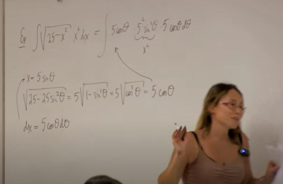 これは、何を勉強しているのですか? 数学というのはわかります。 商業高校卒業(確か数Ⅰどまりだったような)の頭でもわかるように教えていただけるとうれしいです。 https://www.youtube.com/watch?v=rZDhNZCsz4s&t=913s