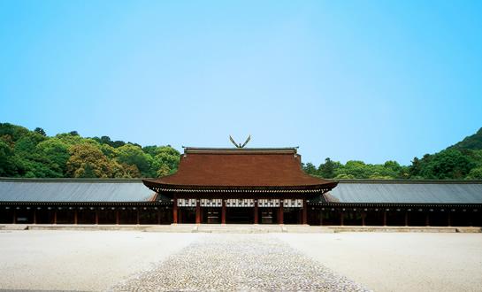 日本って、約2700年の歴史がある世界最古の国家ですよね。