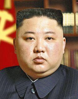 北朝鮮は国連の経済制裁を受け国民は餓死者が続出していますが金正恩委員長は体がパンパンになるほど贅沢な食生活をしています。 こんな状態なら北朝鮮国民や朝鮮人民解放軍は平時は金正恩に忠誠を違っていますが、いざ米韓軍と戦争になれば米韓と合同し平壌を攻撃しますよね?