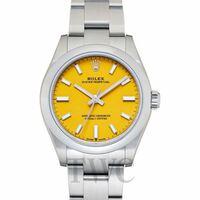 最近ではロレックスの時計って一貫性がなくなったように思えませんか? ロレックスはカラーバリエーションのダイヤルをしたり、ダイバーではセラミックベゼルやラバーベルトのラインナップを増やして日本の腕時計の イメージさえ思います。うちの父は80年代のアンティークロレックスを愛用してます。風防は樹脂で、淡いアメ色に変色したのが、使い込んだ感じの渋さが良いと父は言ってます。
