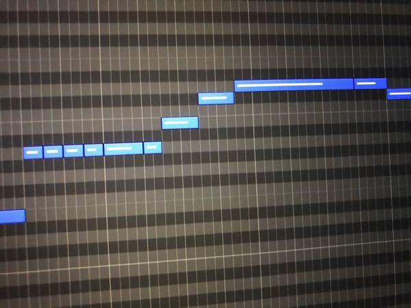 logic proのピアノロールを使ってカラオケの音程バーみたいなのを作りたいのですが、バーの真ん中のベロシティの線みたいなのを消す方法ってありますか?