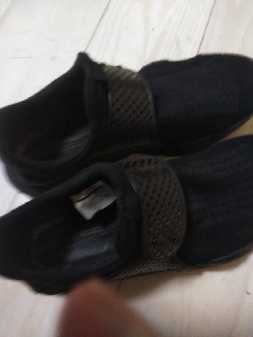 この靴どう思いますか?来年40になるおっさんがサンダルとして1000円でかいました。