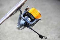 投げ釣りに使っていたpe1号+ナイロン3号(リーダー)のリールのまま、ハゼの泳がせ釣りに使えますか? 投げ釣りからリールを取り替える事なく使いたいです。   ●泳がせ釣りは何が何でもナイロンのリールを使わないとダメでしょうか?
