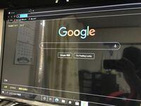 pcのキーボード適当に叩いてたら画面が真っ暗になってしまったのですが戻し方はありますか?